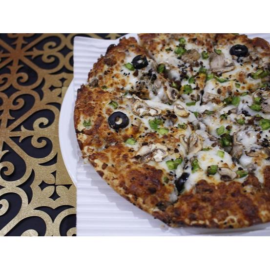 پيتزا گوشت و قارچ